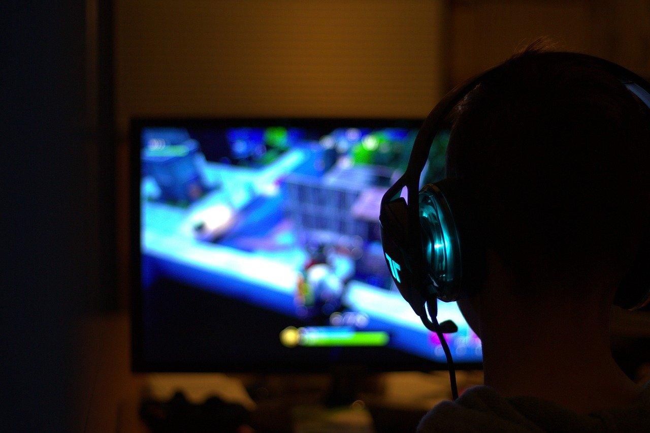 Atrakcyjne pomysły na rozrywkę online w domu